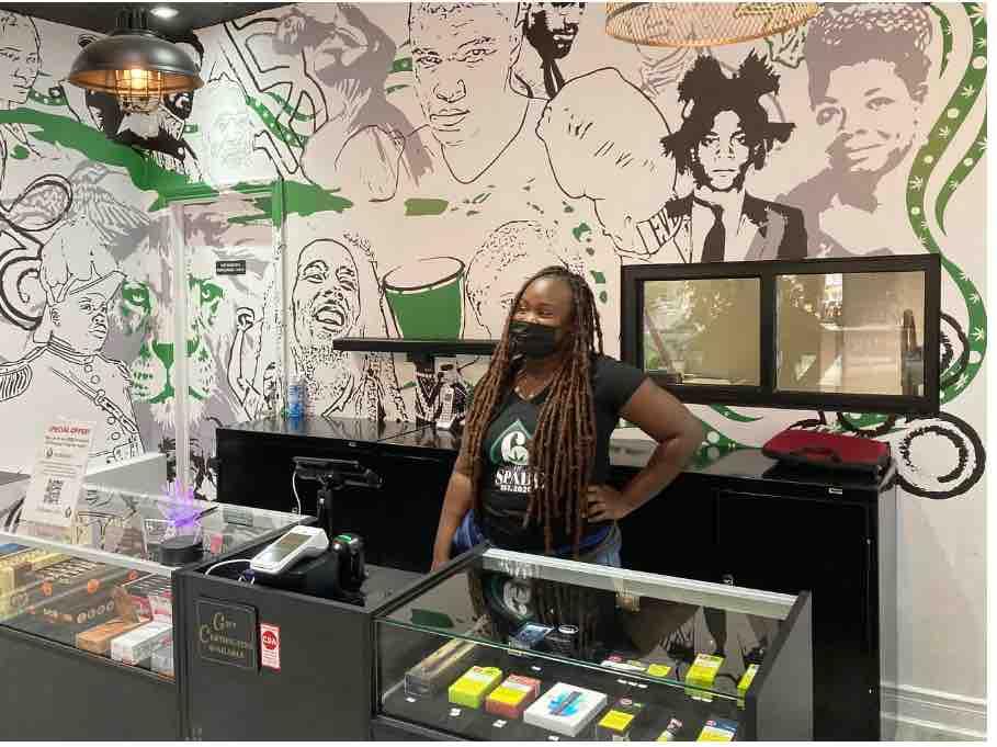 Ontario celebrates their 1,000 cannabis stores