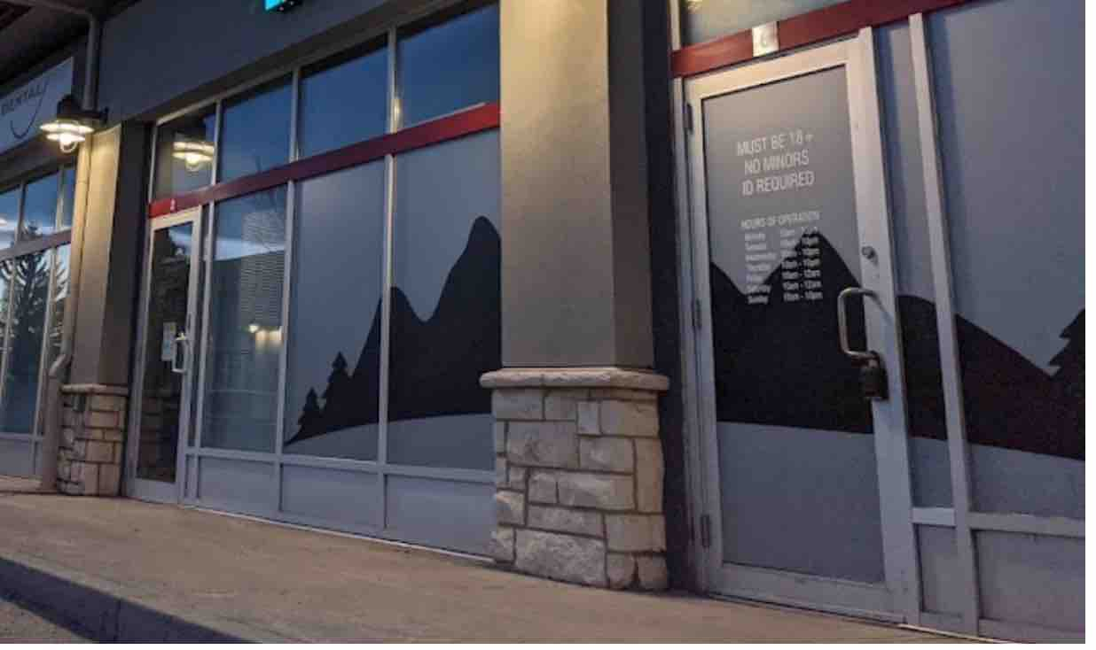 photo of Newest cannabis store robbery reignites calls to change opaque window rules image